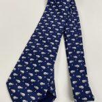 ネコネクタイ。青も好きな色だし最高。